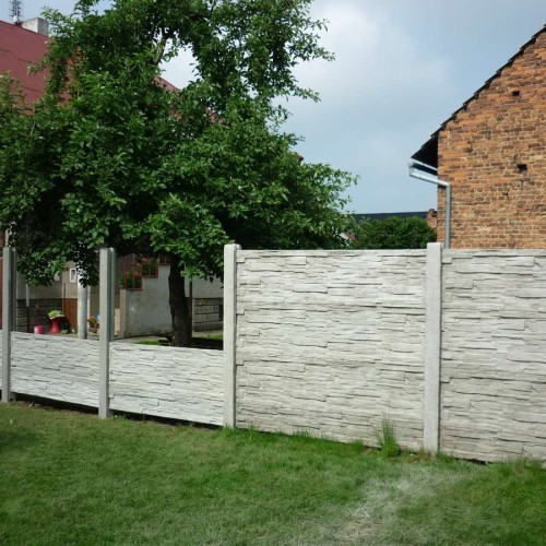Fotografie ze stavby plotů 10