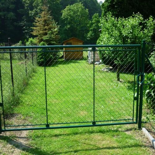 Fotografie ze stavby plotů 12